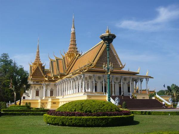 phnom penh royal place